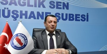 """COŞKUN TUNCER ŞİİRLE """"EVDE KAL GÜMÜŞHANEM"""" DEDİ"""