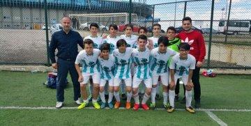 Gümüşhane Gazipaşa Ortaokulu Futbol Takımı Türkiye Yarı Finallerinde