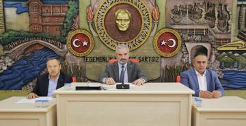 GÜMÜŞHANE'DE ÜÇ BAŞKANLI İL GENEL MECLİSİ'NDEN BARIŞ PINARI'NA DESTEK