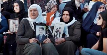 PKK/YPG'ye KARŞI DİYARBAKIR'DA YÜKSELEN ANNE SESİ