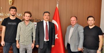 """GÜMÜŞHANE'DE DE """"ŞEHİT KÜTÜPHANELERİ"""" KURULUYOR"""